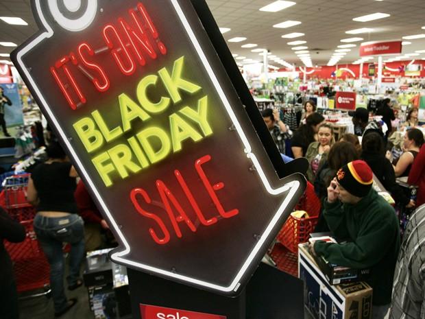 Gasto médio por consumidor aumentou 6% no dia (Reprodução)